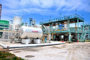 """Résultat de recherche d'images pour """"usine hydrocarbures"""""""
